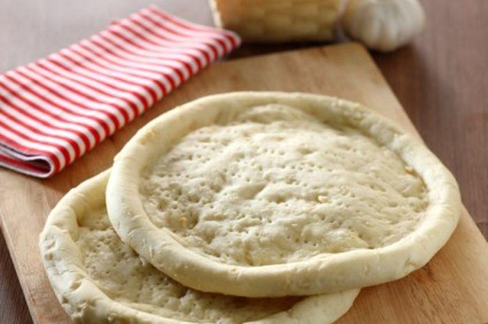 Cara membuat dough pizza ( adonan roti pizza )