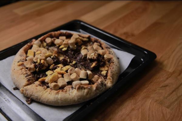 Cara membuat pizza smores
