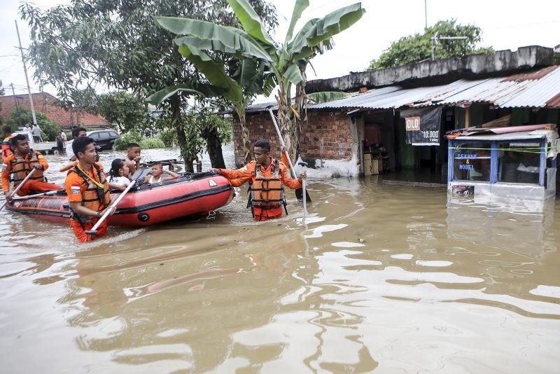 Contoh Teks Berita tentang Banjir