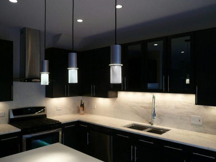 Desain dapur minimalis industrial black and white