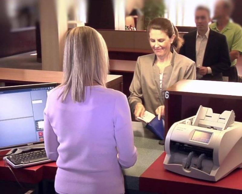 Contoh Surat Lamaran Kerja di Bank untuk Mengisi Posisi Sebagai Teller